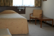 disabled-hotel-room
